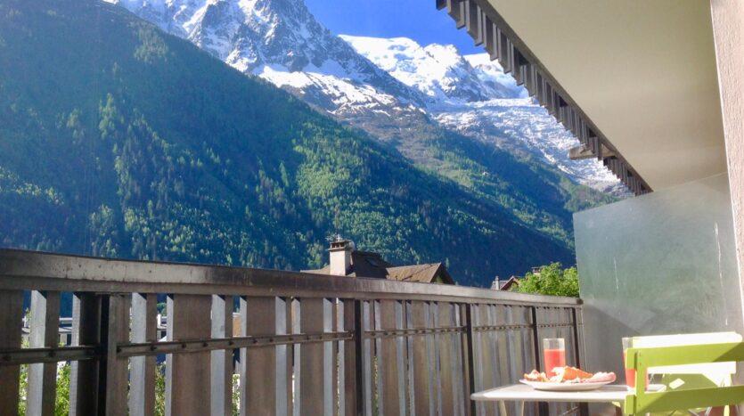Chamonix view mountain renta