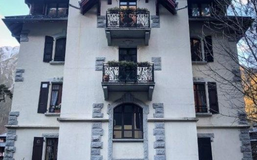 Apartment La Roseraie, chamonix accommodation, summer & winter season rental
