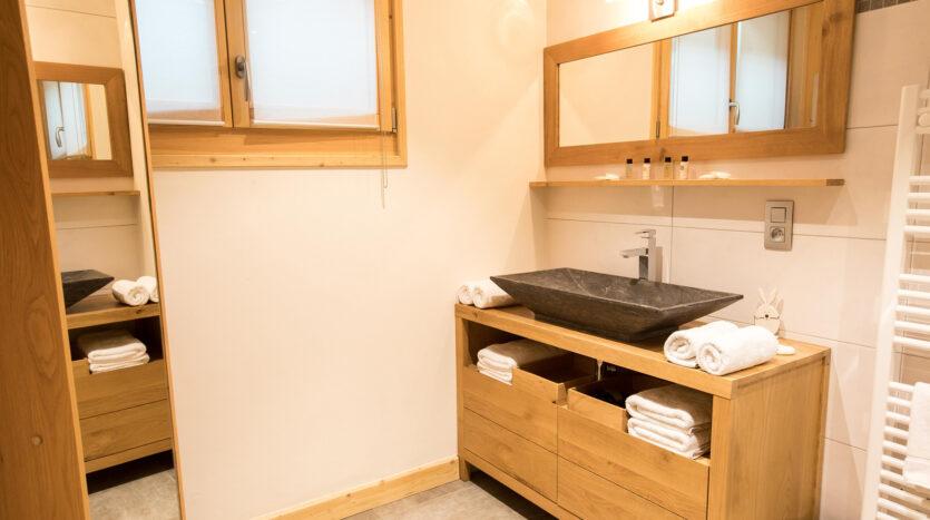 Chalet Gros Pierrier, chamonix accommodation, summer & winter season rental