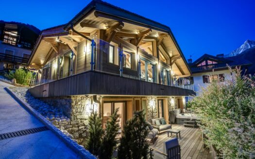Chalet Peace & Love, chamonix accommodation, summer & winter season rental