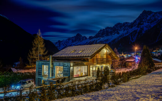 chalet rubicon, chamonix accommodation, summer & winter season