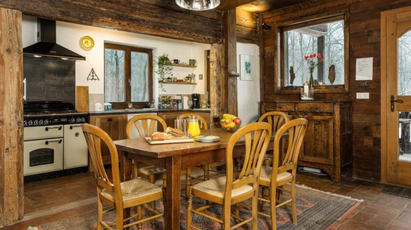 chalet heron, chamonix accommodation, summer & winter season